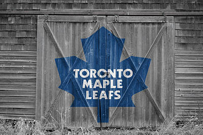 Photograph - Toronto Maple Leafs by Joe Hamilton