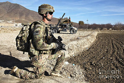 U.s. Army Sergeant Provides Security Print by Stocktrek Images