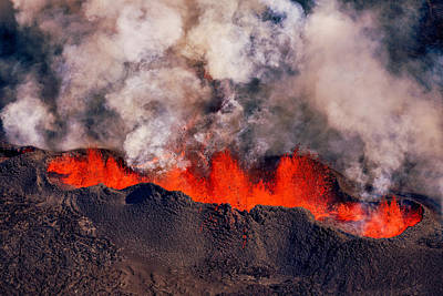 Volcano Eruption At The Holuhraun Art Print by Panoramic Images