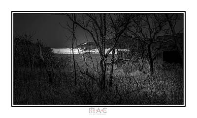 Photograph - 4389b by Carlos Mac