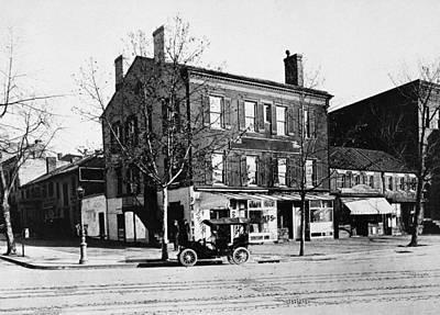 Washington Dc Street Scene Photograph - Washington D by Granger