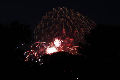 Evening Photograph - 4th Of July Fireworks - 011333 by DC Photographer