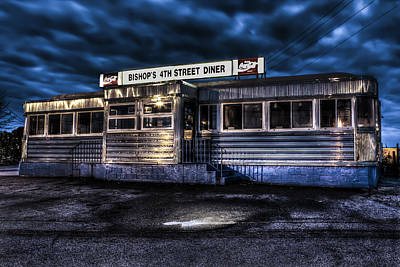 Photograph - 4th Street Diner by Andrew Pacheco