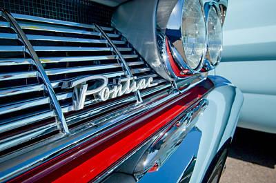 Photograph - 1961 Pontiac Catalina Grille Emblem by Jill Reger