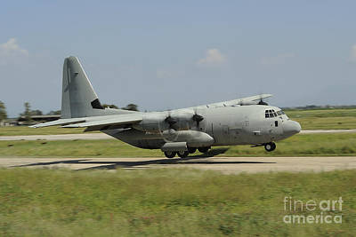 On The Runway Photograph - A C-130 Hercules Of The Italian Air by Remo Guidi