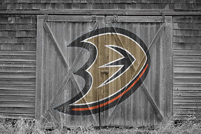 Photograph - Anaheim Ducks by Joe Hamilton