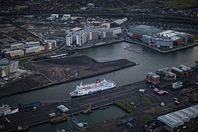Belfast Harbor Photograph - Belfast At Dawn, Northern Ireland by Colin Bailie