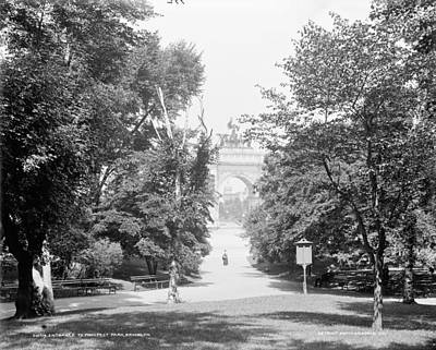 Grand Army Plaza Photograph - Brooklyn Prospect Park by Granger