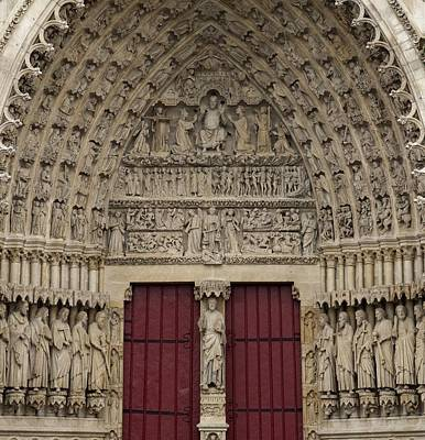 Amiens Photograph - France. Amiens. Notre Dame Cathedral by Everett