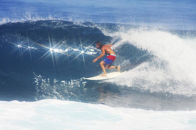 Smooth Ride Photograph - Hawaii, Oahu, North Shore, Pipeline, Surfer, Riding A Wave. by Vince Cavataio