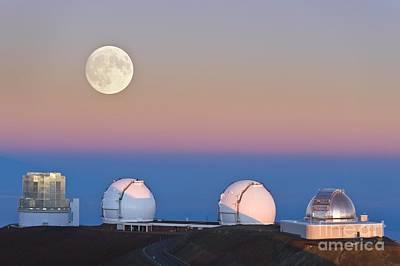Keck Photograph - Observatories On Summit Of Mauna Kea by David Nunuk