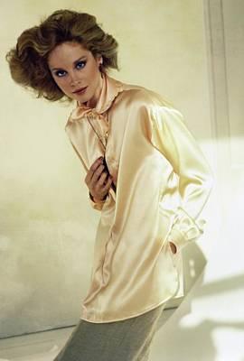 Photograph - Rosie Vela Wearing Calvin Klein by Arthur Elgort
