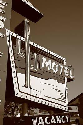 Route 66 - Western Motel Art Print by Frank Romeo