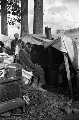 Eviction Photograph - Sharecropper, 1939 by Granger