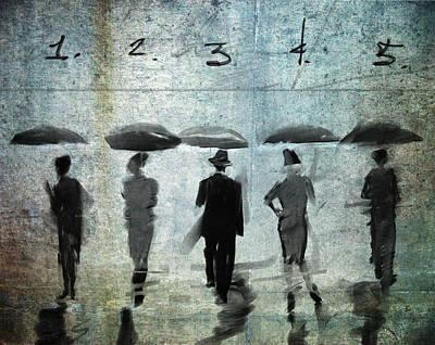 Umbrellas Digital Art - 5 Umbrellas At The Beach by H James Hoff
