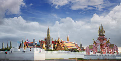 Lord Buddha Photograph - Wat Phra Kaew by Anek Suwannaphoom