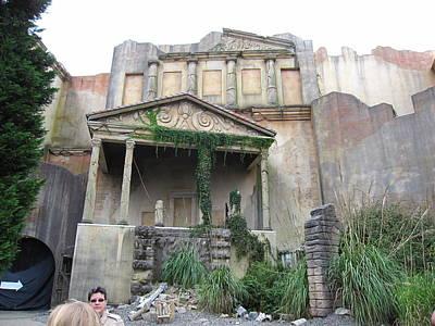 Scare Photograph - Busch Gardens - 12121 by DC Photographer