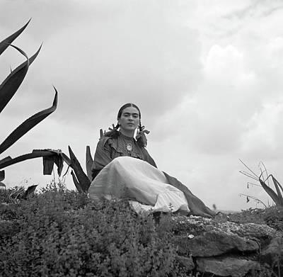 Latina Painting - Frida Kahlo (1907-1954) by Granger