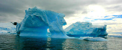 Art Print featuring the photograph Icebergs by Amanda Stadther