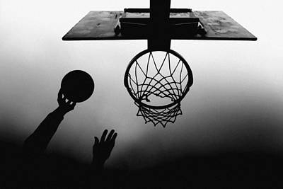 Basketball Photograph - N/t by Paulo Medeiros