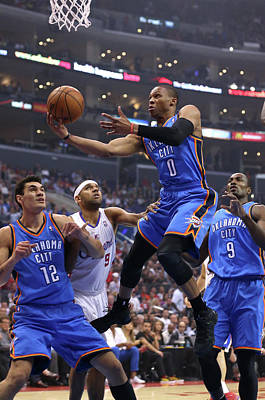 Photograph - Oklahoma City Thunder V Los Angeles by Stephen Dunn