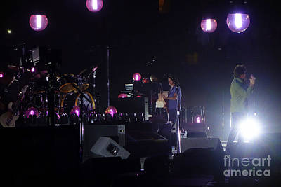 Stone Gossard Photograph - Pearl Jam by Linda De La Rosa