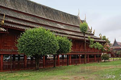 Petchaburi Monastery Art Print