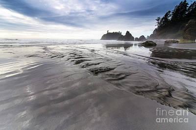 Washington Photograph - Ruby Beach by Twenty Two North Photography