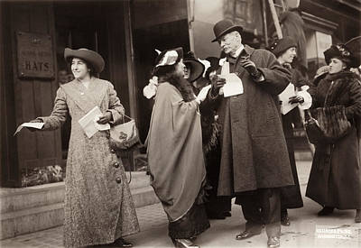 Photograph - Suffragettes, 1913 by Granger