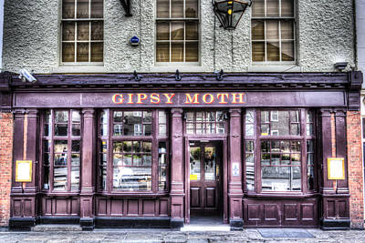Gipsy Photograph - The Gipsy Moth Pub Greenwich by David Pyatt