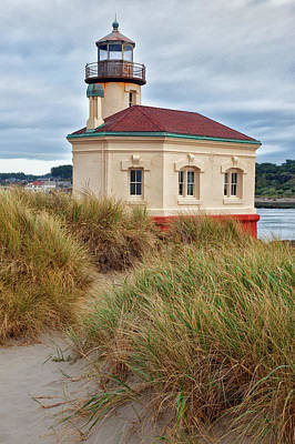 Coquille River Lighthouse Photograph - Usa, Oregon, Bandon by Jaynes Gallery