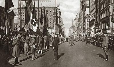 Ally Photograph - World War I Celebration by Granger