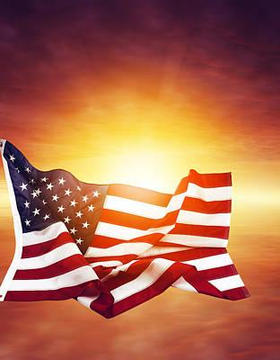 American Flag Art Print by Les Cunliffe