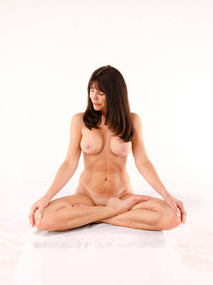 Photograph - 6728 Beautiful Mature Woman Nude In Full Lotus  by Chris Maher