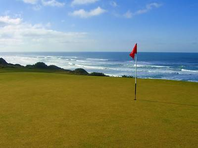 Golf Photograph - Bandon Dunes 6th Green by Scott Carda