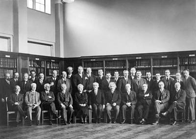 Galton Photograph - 6th Solvay Conference On Physics, 1930 by Science Photo Library
