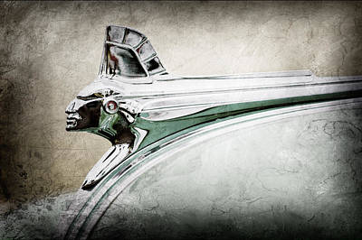 Hood Ornament Photograph - 1951 Pontiac Streamliner Hood Ornament by Jill Reger
