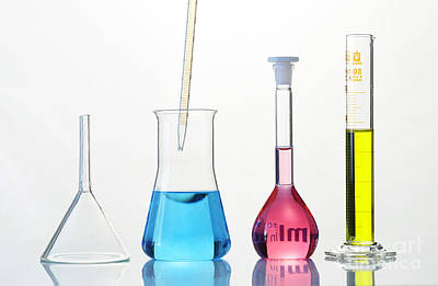 Stopper Photograph - Laboratory Glassware by Sigrid Gombert