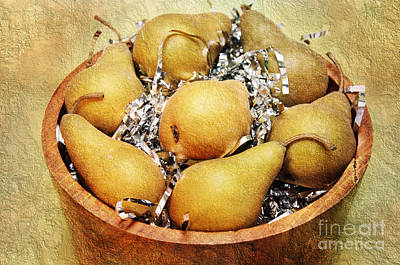Food Y Photograph - 7 Pears At A Party by Andee Design