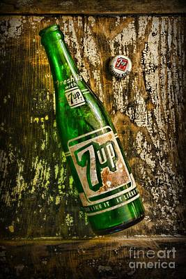 7 Up Photograph - 7up Soda Bottle by Paul Ward