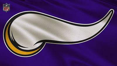 Minnesota Vikings Photograph - Minnesota Vikings Uniform by Joe Hamilton