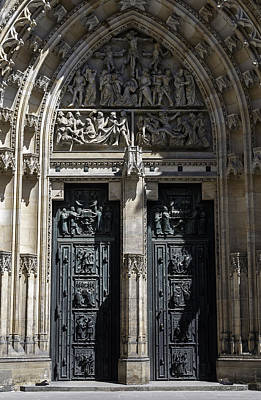 Medieval Temple Photograph - Saint Vitus Cathedral. by Fernando Barozza