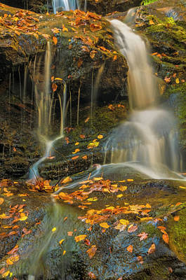 Dingmans Falls Photograph - Usa, Pennsylvania, Delaware Water Gap by Jaynes Gallery