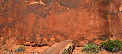 Photograph - Panoramic Rock Art by David Lee Thompson