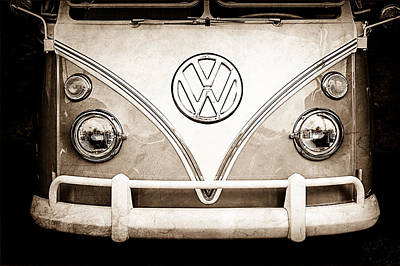 Bus Photograph - 1964 Volkswagen Vw Samba 21 Window Bus Emblem by Jill Reger