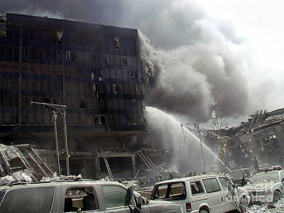 Photograph - 9-11-01 Wtc Terrorist Attack by Steven Spak