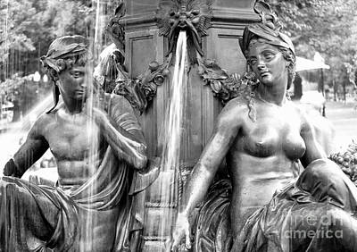 Photograph - Brewer Fountain Boston Ma by Staci Bigelow
