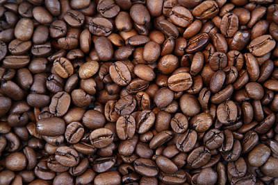 Food And Drink Photograph - Coffee Beans by Les Cunliffe