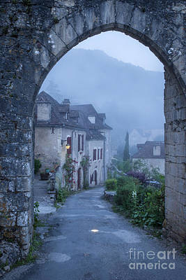 Photograph - Saint Cirq-lapopie by Brian Jannsen