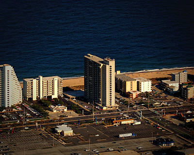 Photograph - 9400 Condominium In Ocean City Md by Bill Swartwout Fine Art Photography